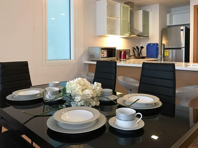 Living Dining2